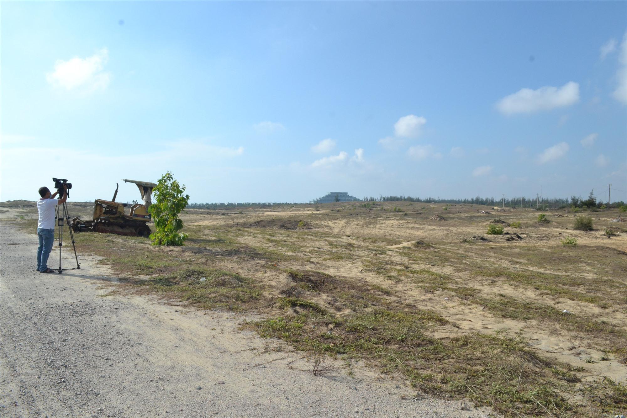 Công ty CP Đạt Phương chưa thể thi công các hạng mục của dự án Khu nghỉ dưỡng Bình Dương. Ảnh: VIỆT NGUYỄN