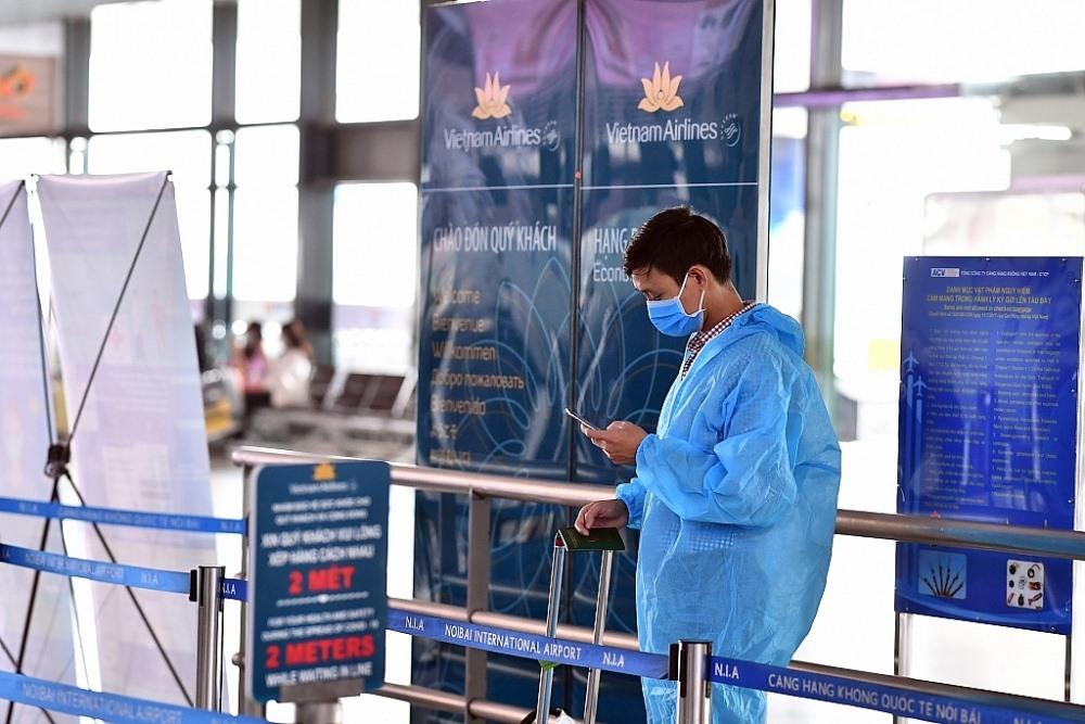 Người về từ TP. Hồ Chí Minh phải khai báo y tế trung thực và thực hiện nghiêm các quy định về phòng chống dịch. Ảnh; ST