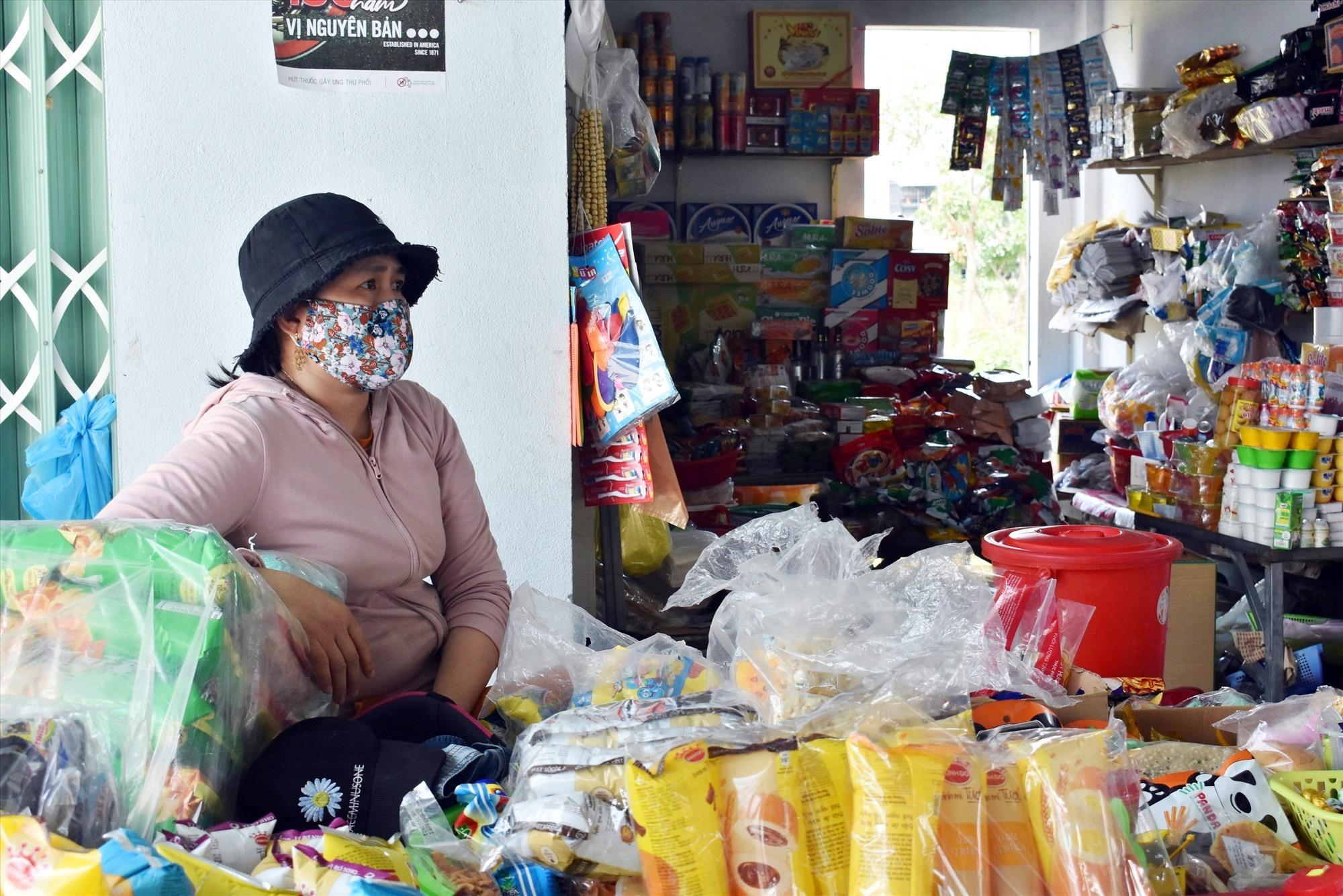 Tiểu thương chợ Điện Nam Bắc kinh doanh ế ẩm