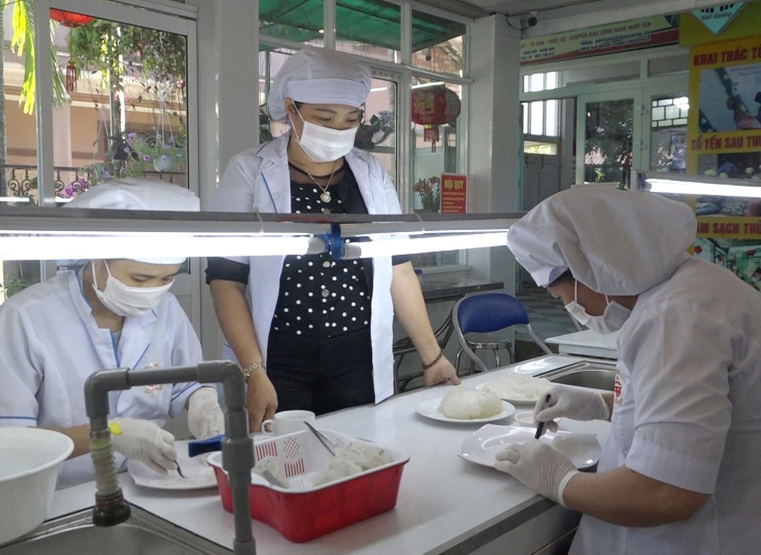 Yến sào Đất Quảng là một trong những sản phẩm OCOP tiêu biểu của huyện Thăng Bình. Ảnh: CHÂU THỰC