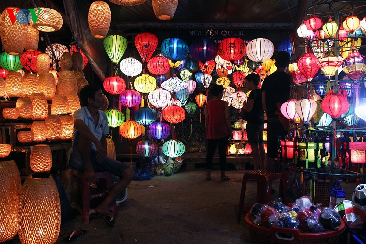 The street of lanterns is charming and looks like the heaven.