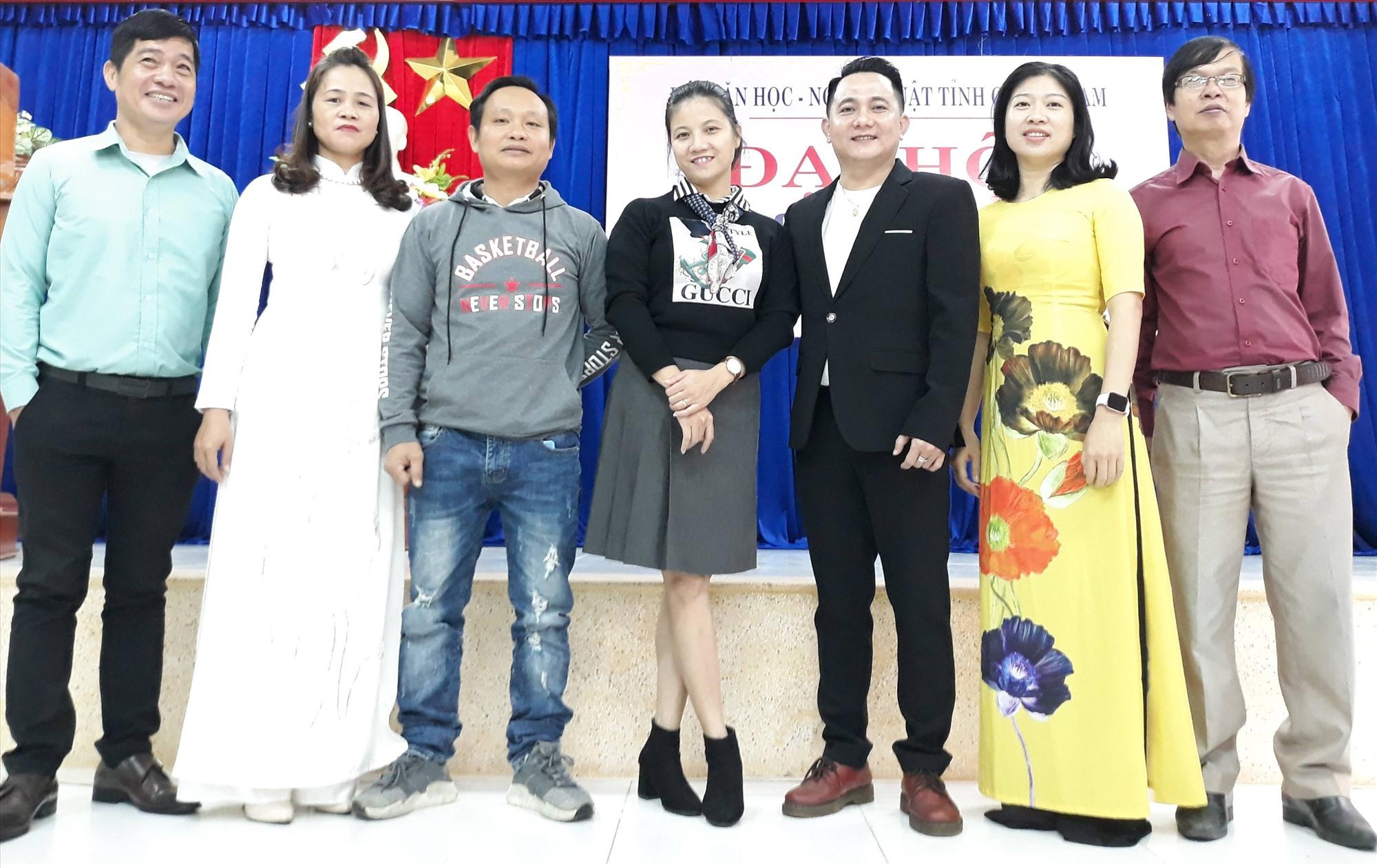Chi hội Múa - đơn vị chuyên ngành non trẻ nhất của Hội VHNT Quảng Nam hiện nay. Ảnh: B.A
