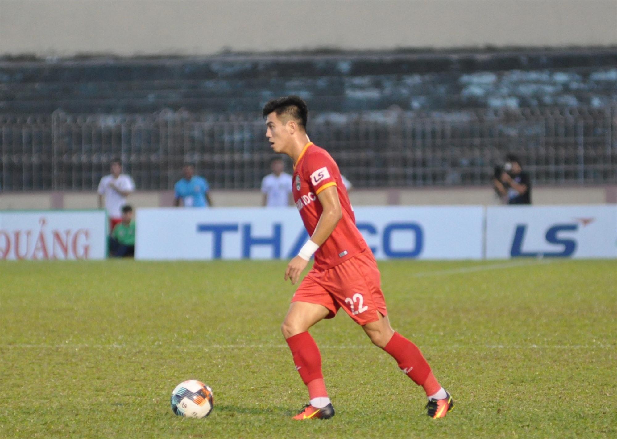 Tiến Linh cùng Becamex Bình Dương chưa thể thực hiện được mục tiêu tốp 6 khi V-League tạm dừng. Ảnh: A.NHI