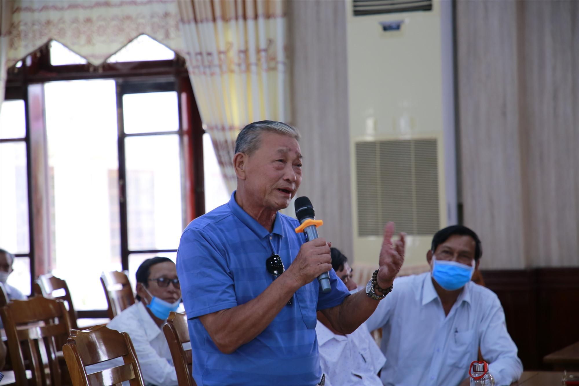 Cử tri thị xã Điện Bàn bày tỏ sự tin tưởng rất lớn đối với các ứng cử viên. Ảnh: T.C