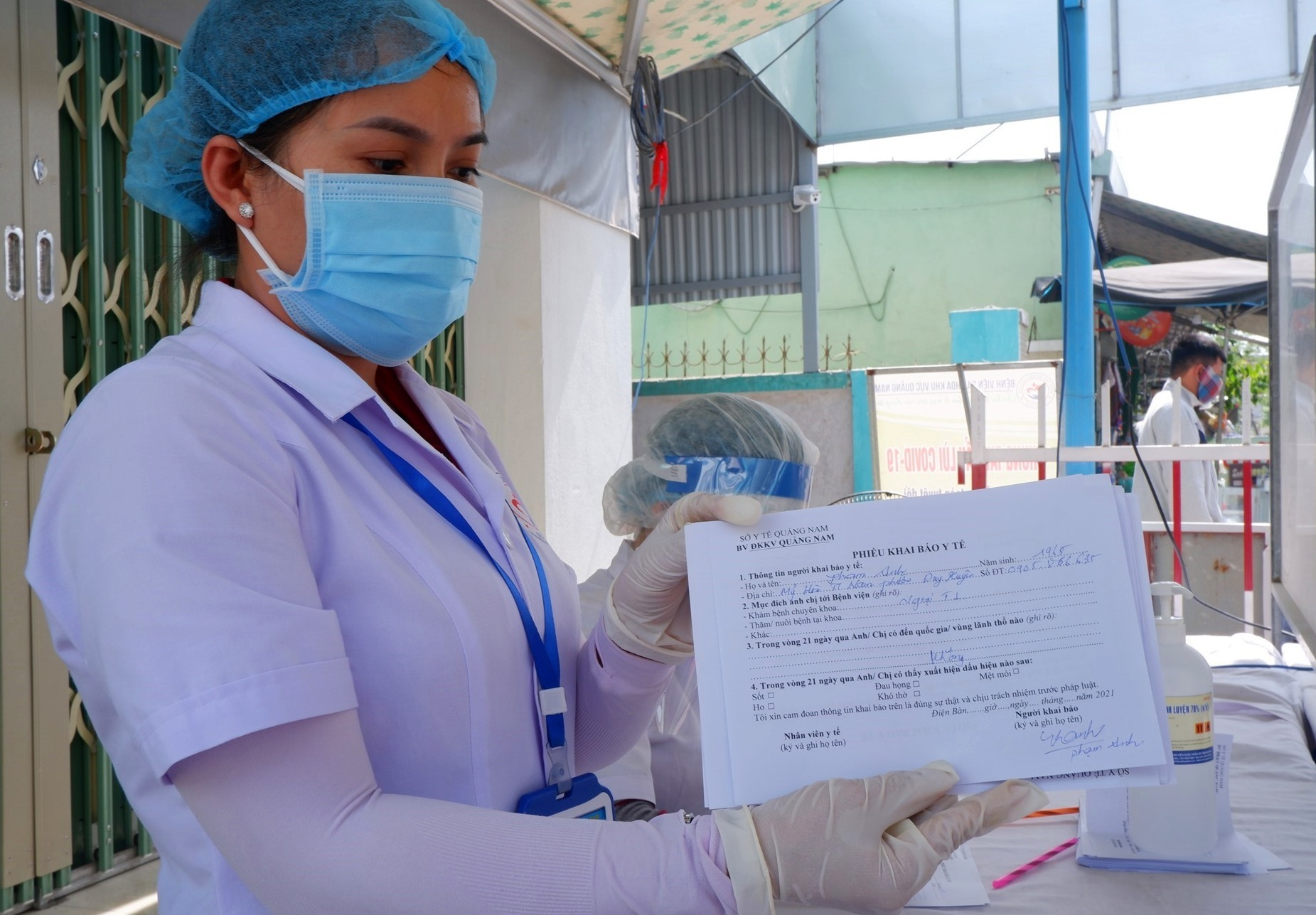 Sở Y tế chỉ đạo các cơ sở khám chữa bệnh tăng cường phòng chống dịch Covid-19;