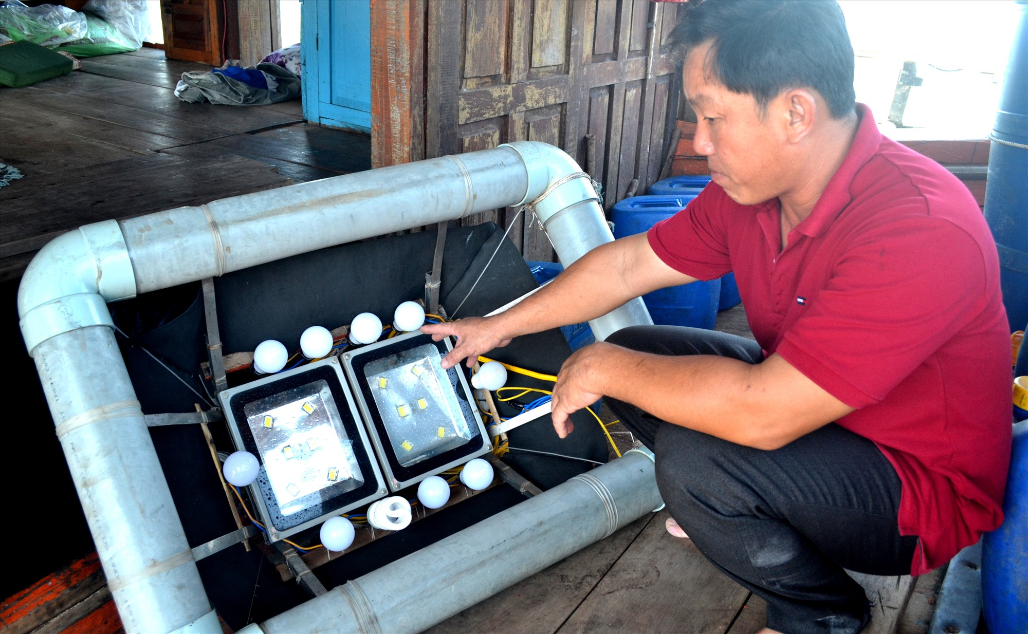 Ngư dân cần ứng dụng công nghệ mới để nâng cao hiệu quả khai thác hải sản. Ảnh: Q.Việt