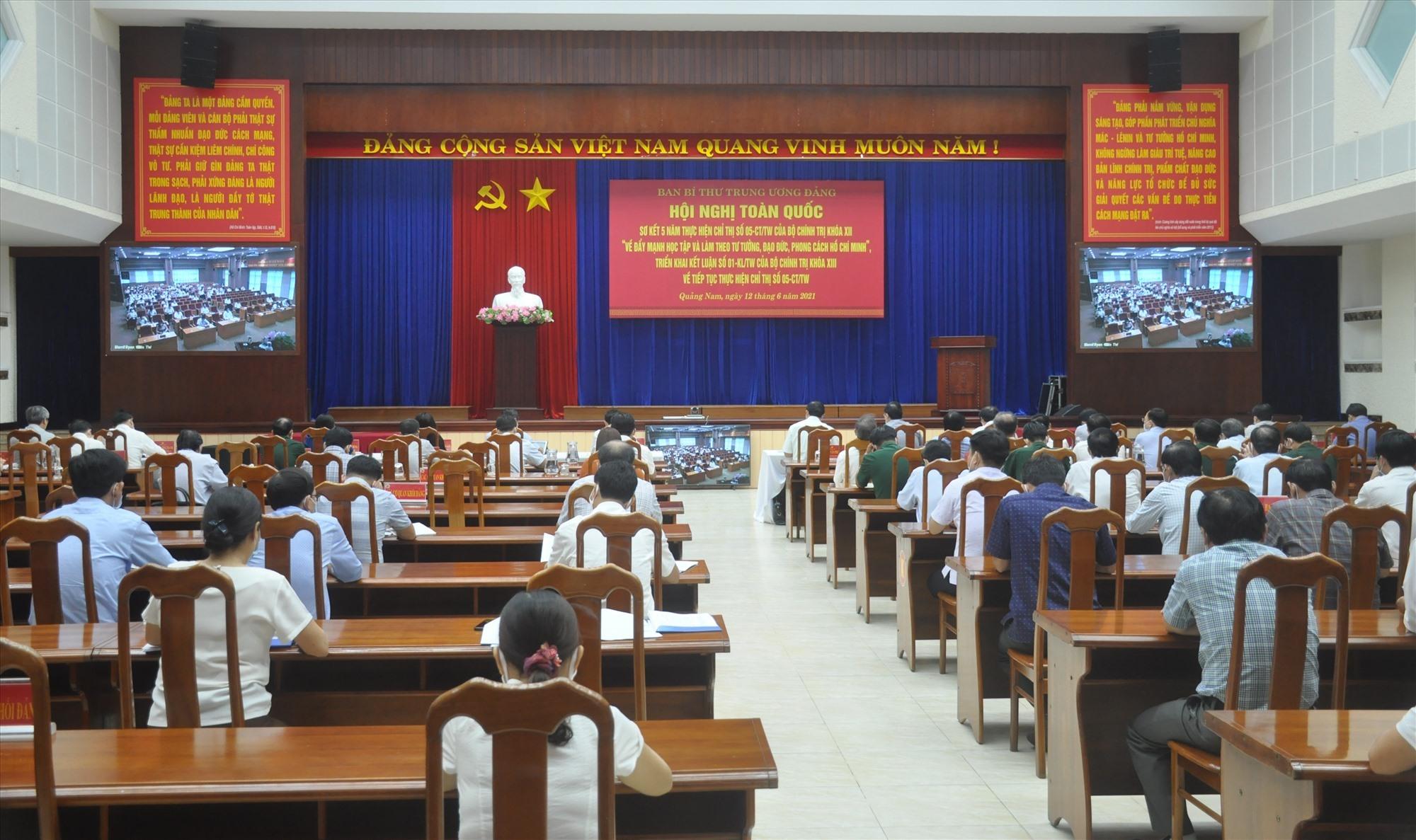 Quang cảnh hội nghị tại điểm cầu Quảng Nam. Ảnh: N.Đ