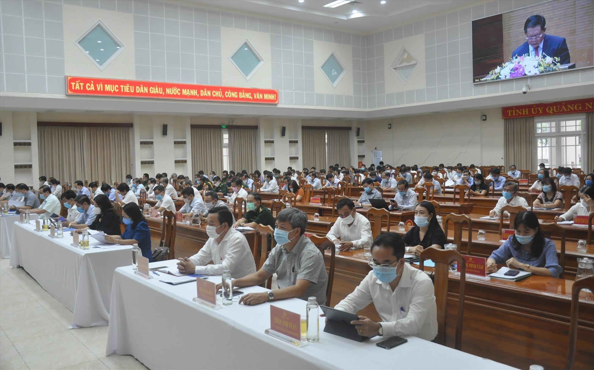 Các đại biểu dự hội nghị tại điểm cầu tỉnh. Ảnh: N.Đ