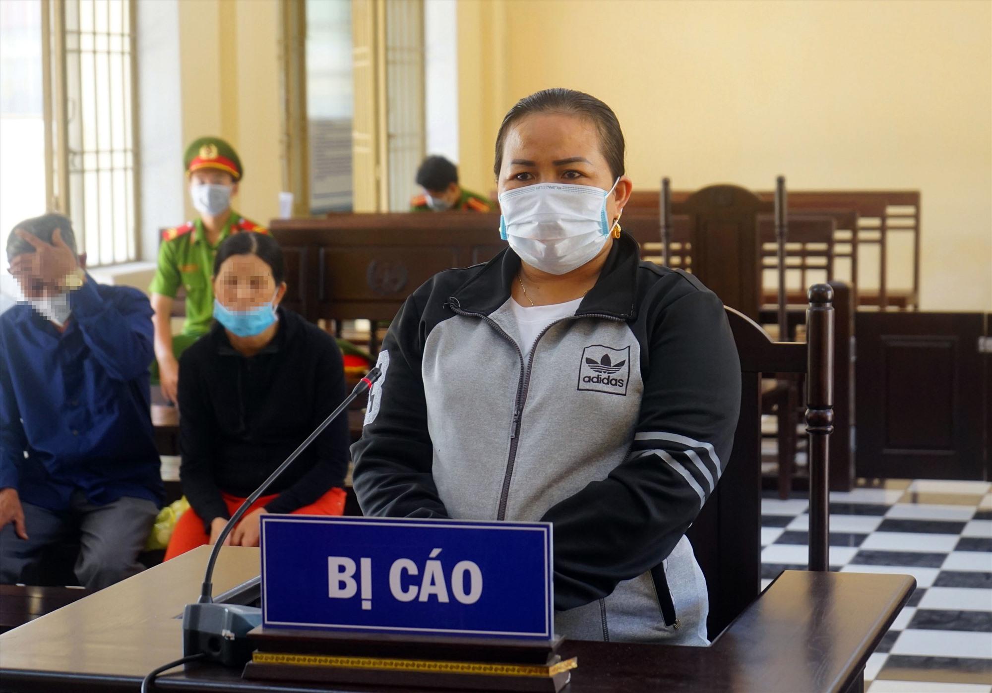 Bị cáo Nguyễn Thị Hiệp tại phiên tòa.
