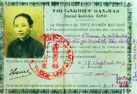 Thẻ Thực nghiệp Dân báo ghi tên thật của bà, Huỳnh Thị Thái. (Ảnh tư liệu của soạn giả Trương Duy Hy).