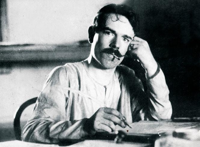 Nhà báo Pháp Alfred Ernest Babut năm 1905. Ảnh do gia đình gửi tặng bà Lê Thị Kinh năm 1999.