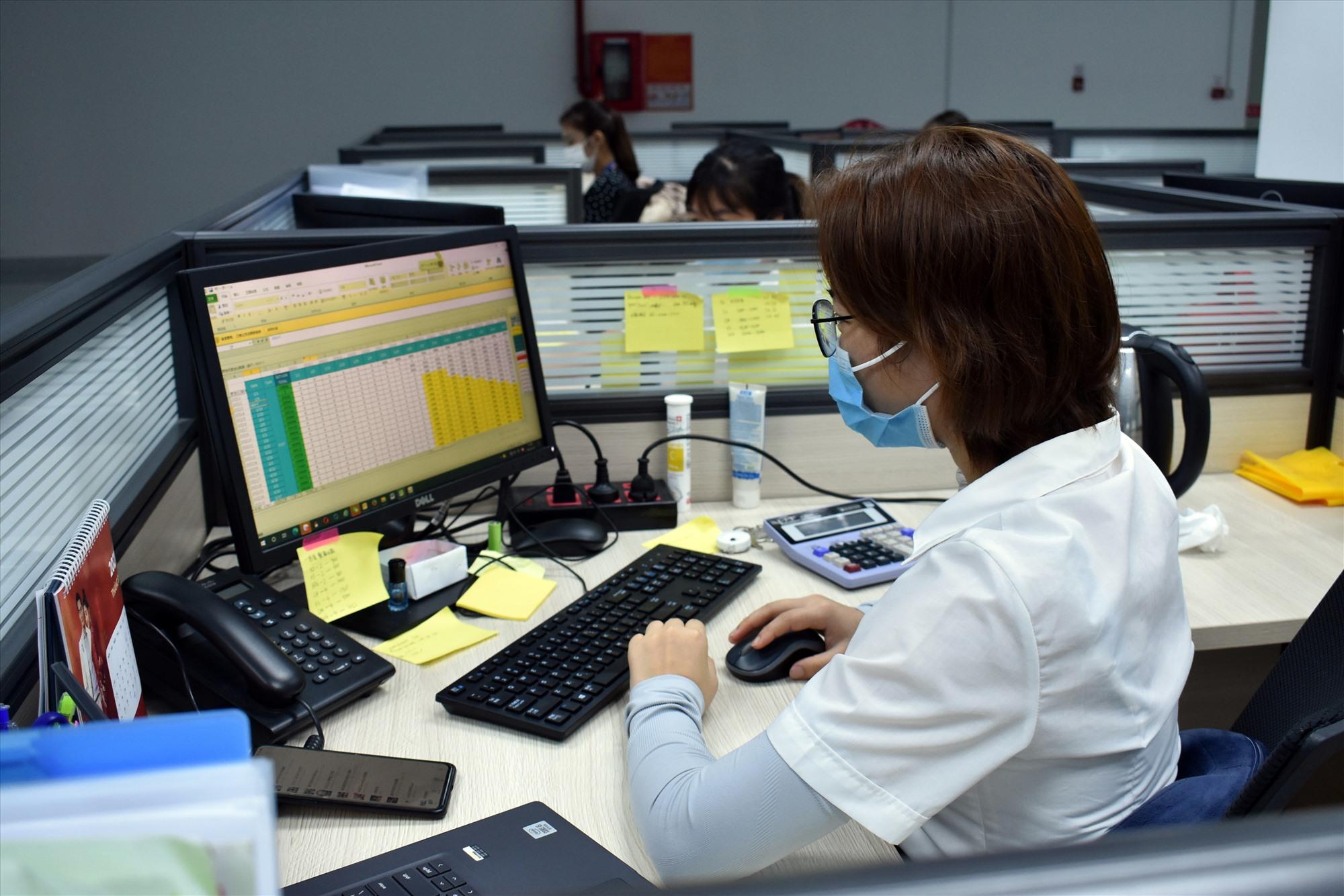 Nhiều doanh nghiệp Quảng Nam đã hoạt động trở lại sau thời gian tạm đóng cửa.Ảnh: V.L