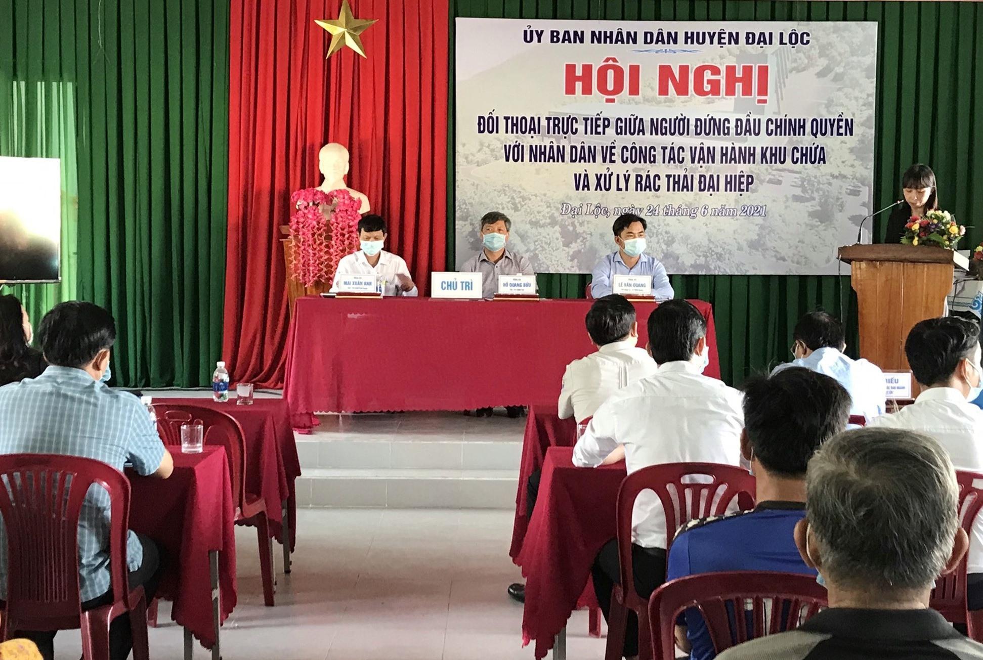 Chính quyền Đại Lộc cam kết sẽ nỗ lực hết sức nhằm giải quyết vấn đề ô nhiễm tại thôn Phú Quý nói riêng. Ảnh: X.TRINH