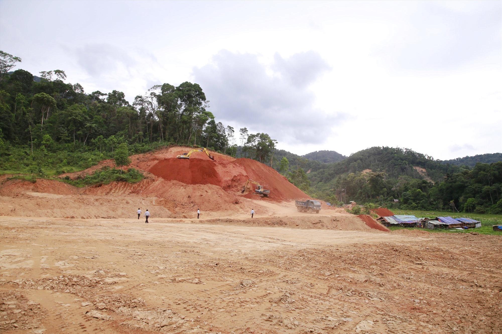 Hiện nay Phước Sơn đang chỉ đạo đẩy nhanh tiến độ hoàn thành các khu tái định cư, hoàn thành trước 15.7. Ảnh: T.C