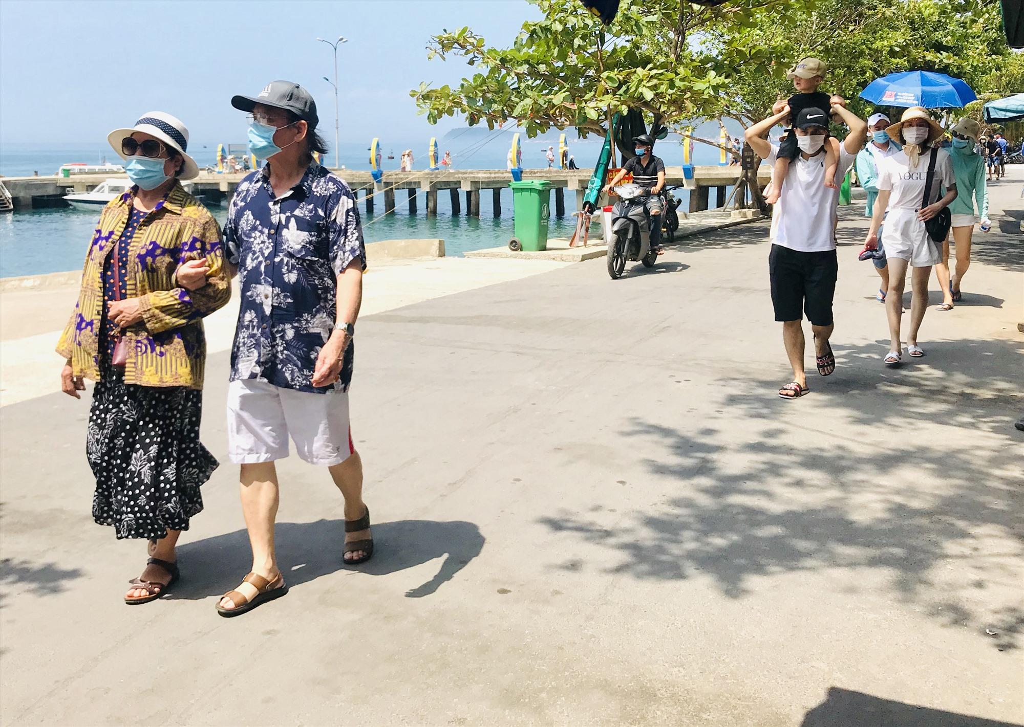 """Du lịch địa phương đang có nguy cơ """"mất trắng"""" mùa cao điểm khách nội địa vì dịch bệnh. Ảnh: Q.T"""