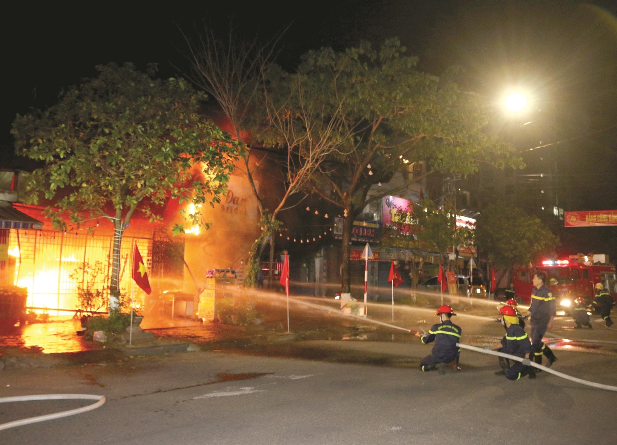 Đã có 23 vụ cháy xảy ra trên địa bàn tỉnh từ đầu năm đến nay, gây thiệt hại khoảng 3,3 tỷ đồng. Ảnh: T.C