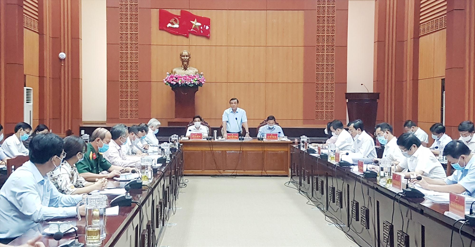 Thường trực Tỉnh ủy yêu cầu Tiên Phước giãn lộ trình xây dựng huyện đạt chuẩn nông thôn mới đến năm 2025. Ảnh: D.L