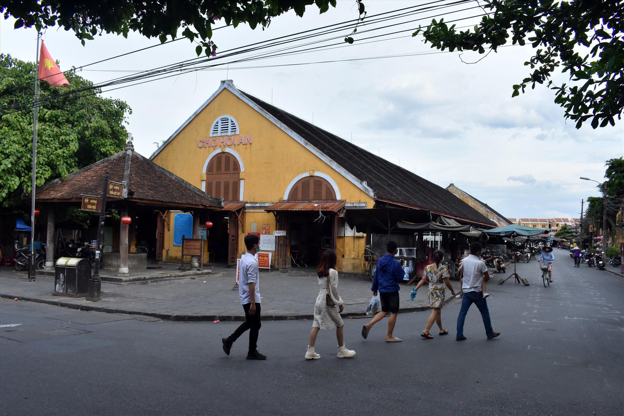 Chợ Hội An là một trong 2 chợ hạng 1 của tỉnh Quảng Nam
