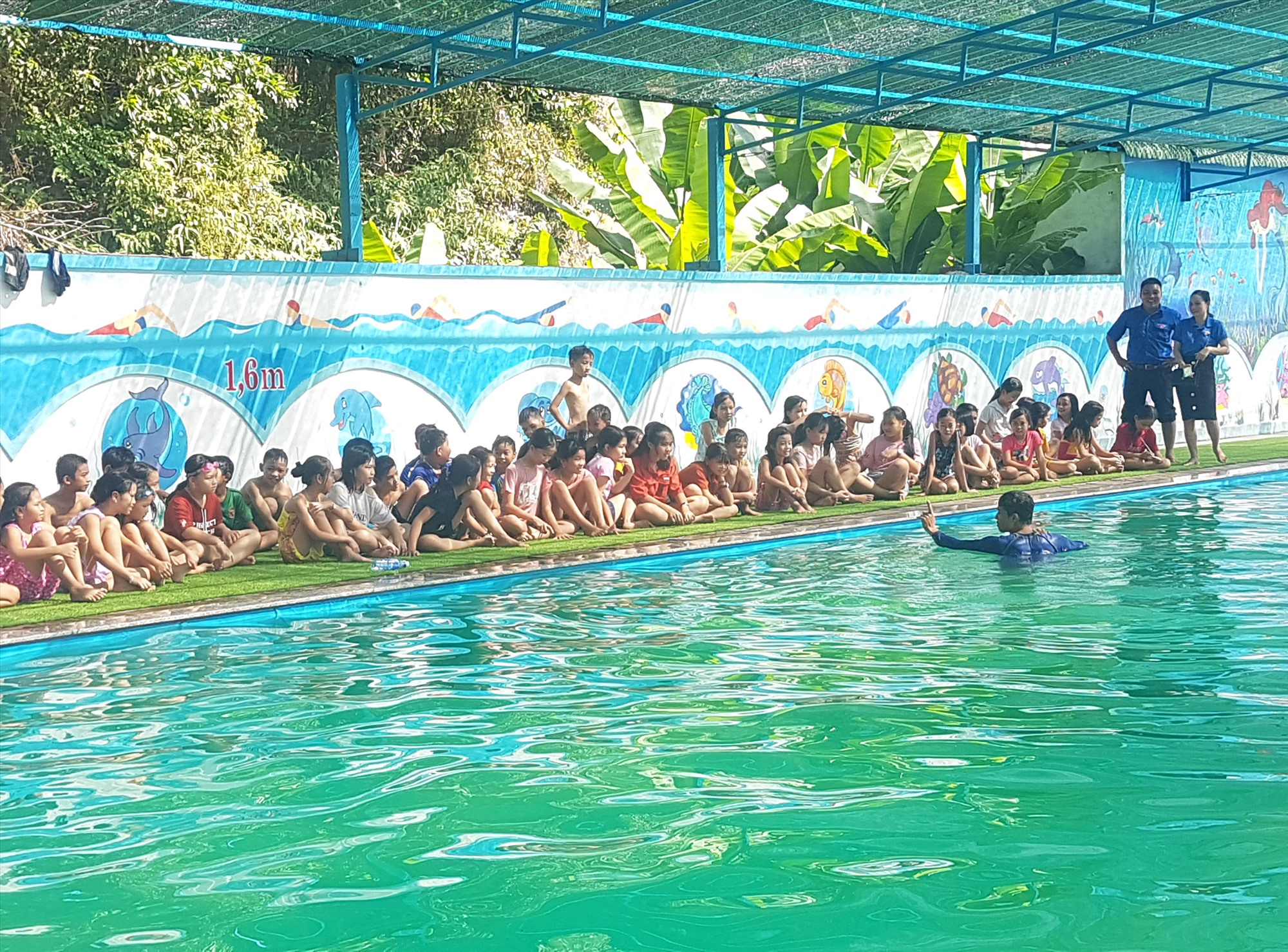 Phổ cập bơi cho trẻ em là điều Quảng Nam đang nỗ lực. Tuy nhiên, vẫn còn gần 70% trẻ em chưa tiếp cận được với kỹ năng này. Ảnh; L.Q