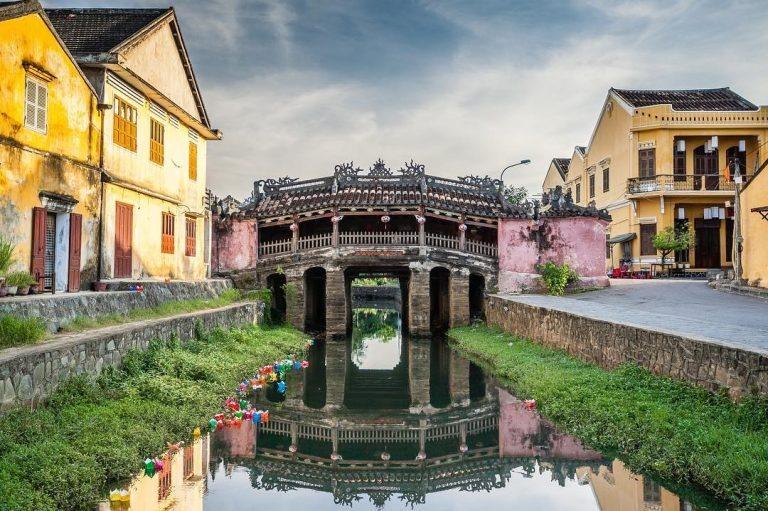 Japanese Bridge (Chua Cau), a symbol of Hoi An ancient town