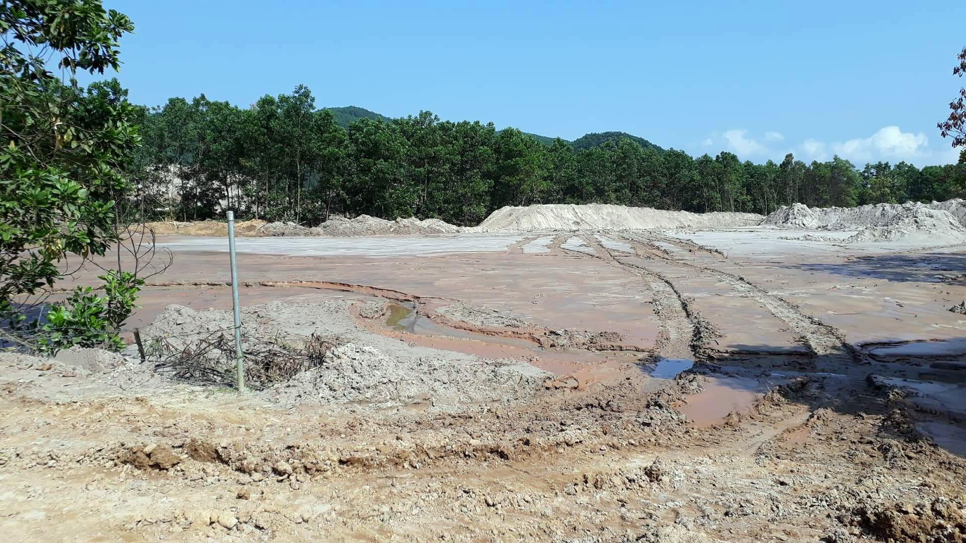 Bãi chứa xái quặng của Công ty CP Tập đoàn Khoáng sản công nghiệp 6666. Ảnh: T.N