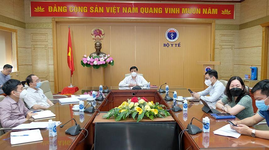 Bộ trưởng Bộ Y tế Nguyễn Thanh Long và các đại biểu tại điểm cầu Bộ Y tế Ảnh:Trần Minh