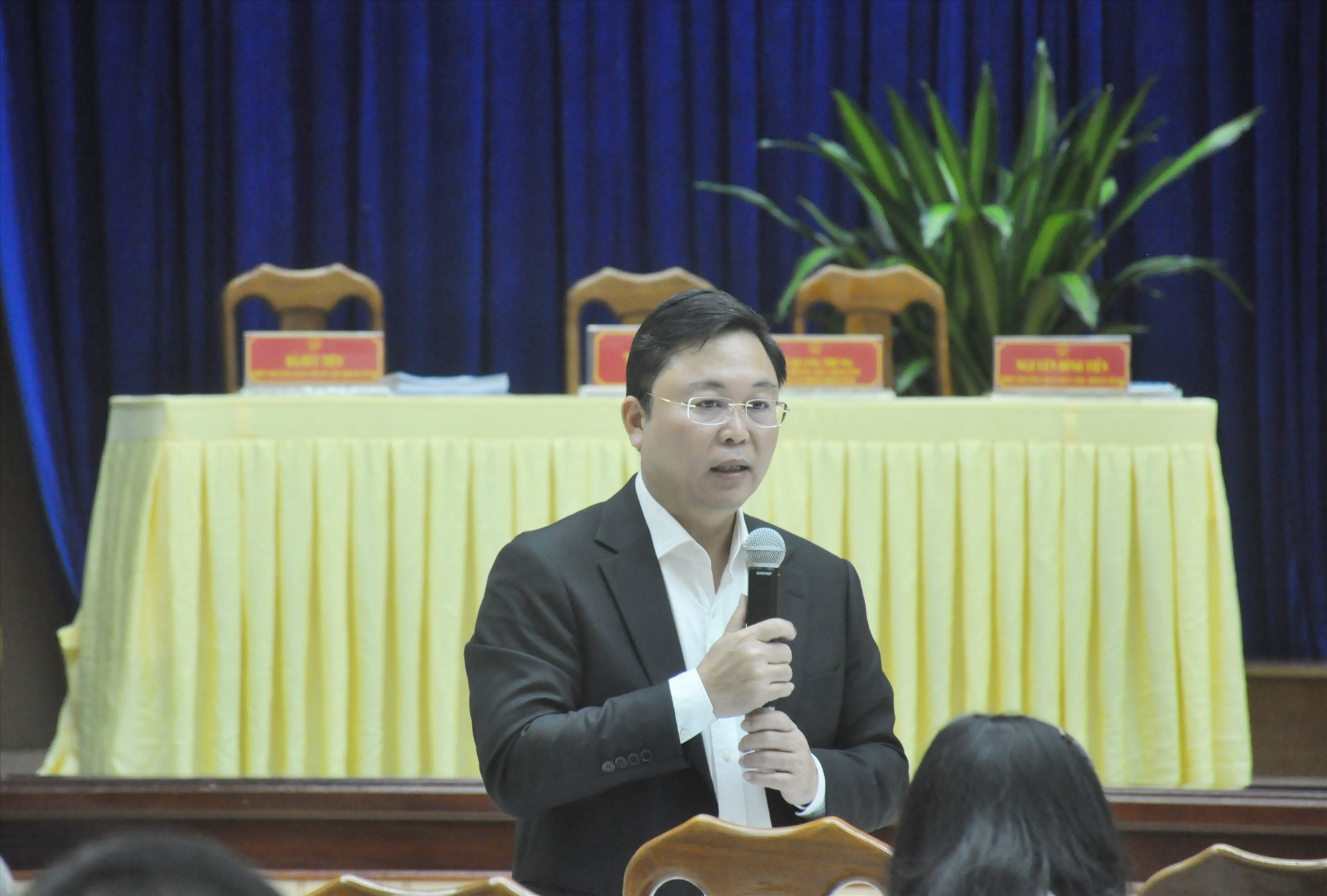Chairman of the Quang Nam provincial People's Committee Le Tri Thanh