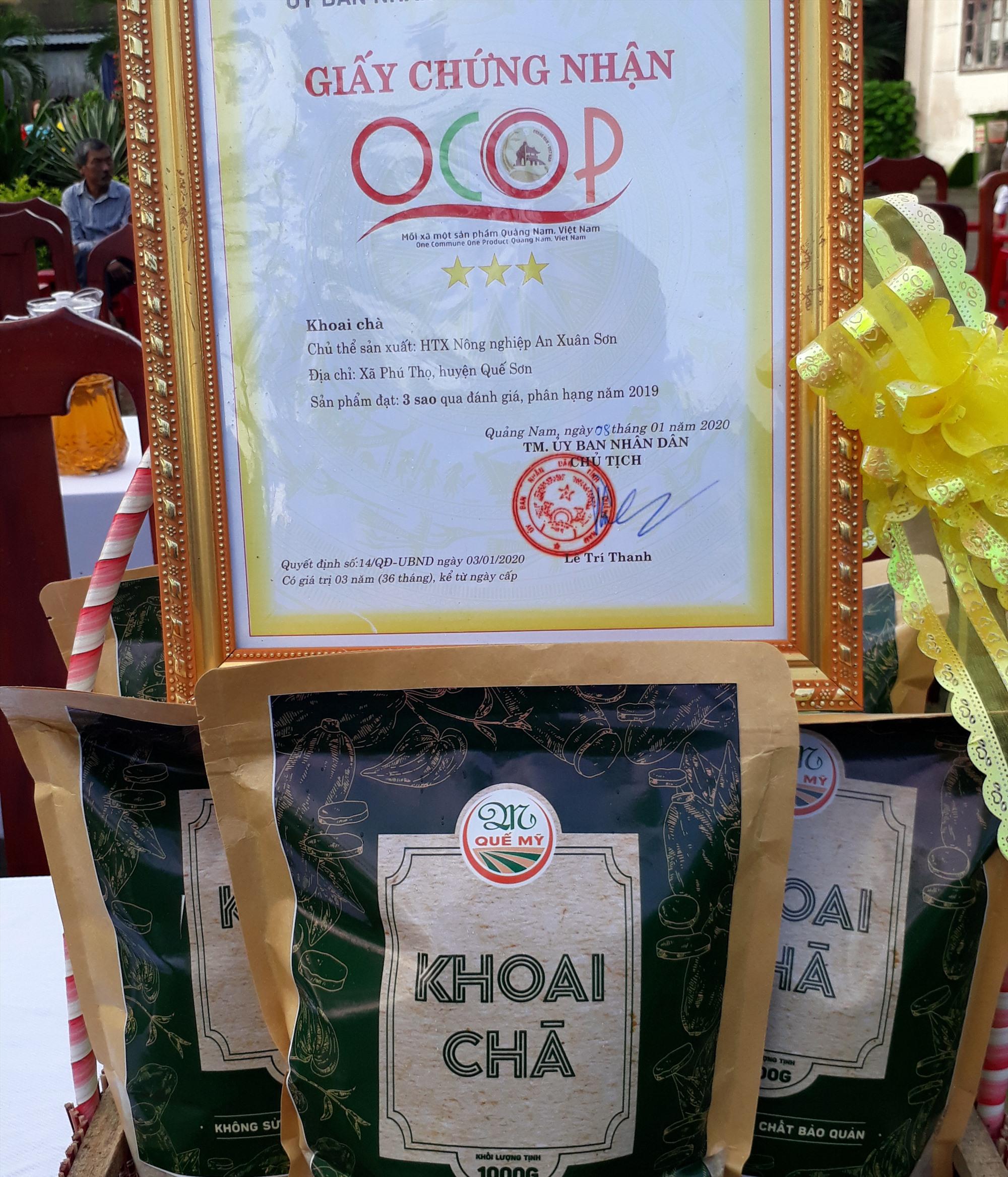 Chứng nhận sản phẩm OCOP của khoai chà làng Đông. Ảnh: N.KẾT