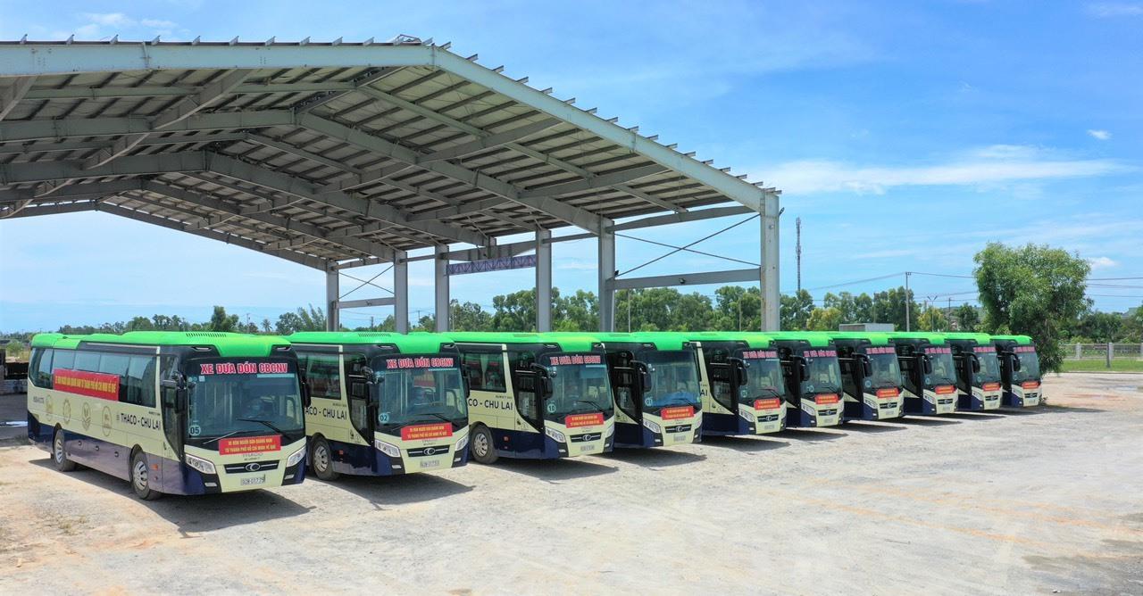 Xe của Thaco Trường Hải đã sẵn sàng để xuất phát đón bà con từ TP.Hồ Chí Minh về quê.