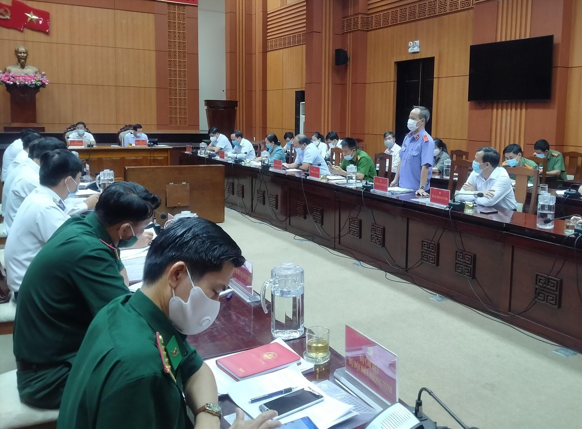 Các cơ quan nội chính thảo luận tại hội nghị sáng 21.7. Ảnh: N.Đ