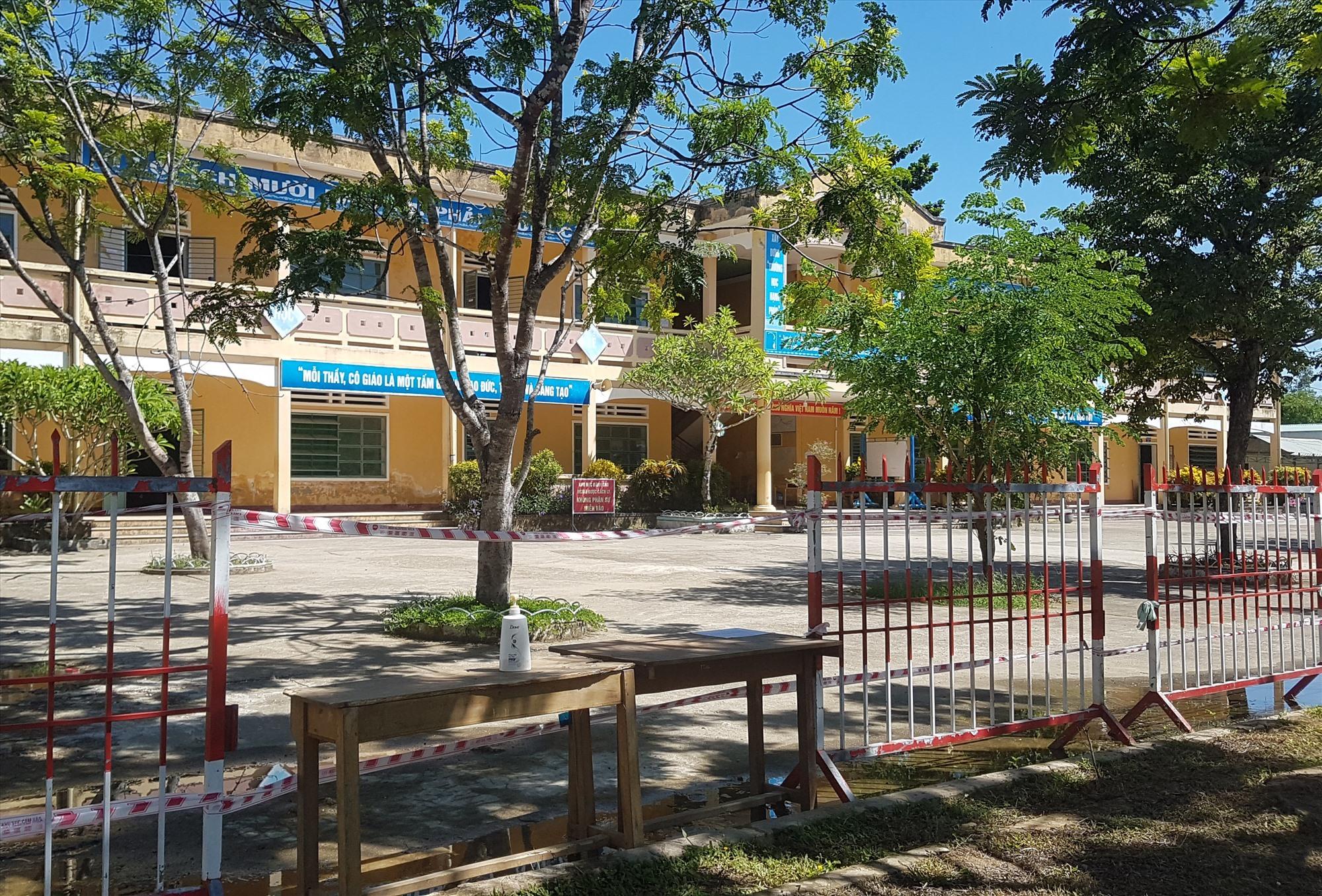 Khu cách ly tập trung tại huyện Tiên Phước. Ảnh: D.L