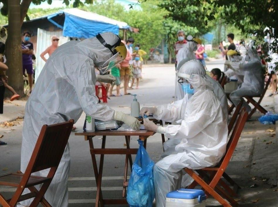 Ngành y tế huy động nhân lực toàn ngành để sẵn sàng tham gia các đội cơ động phòng chống dịch của Quảng Nam. Ảnh: CTV
