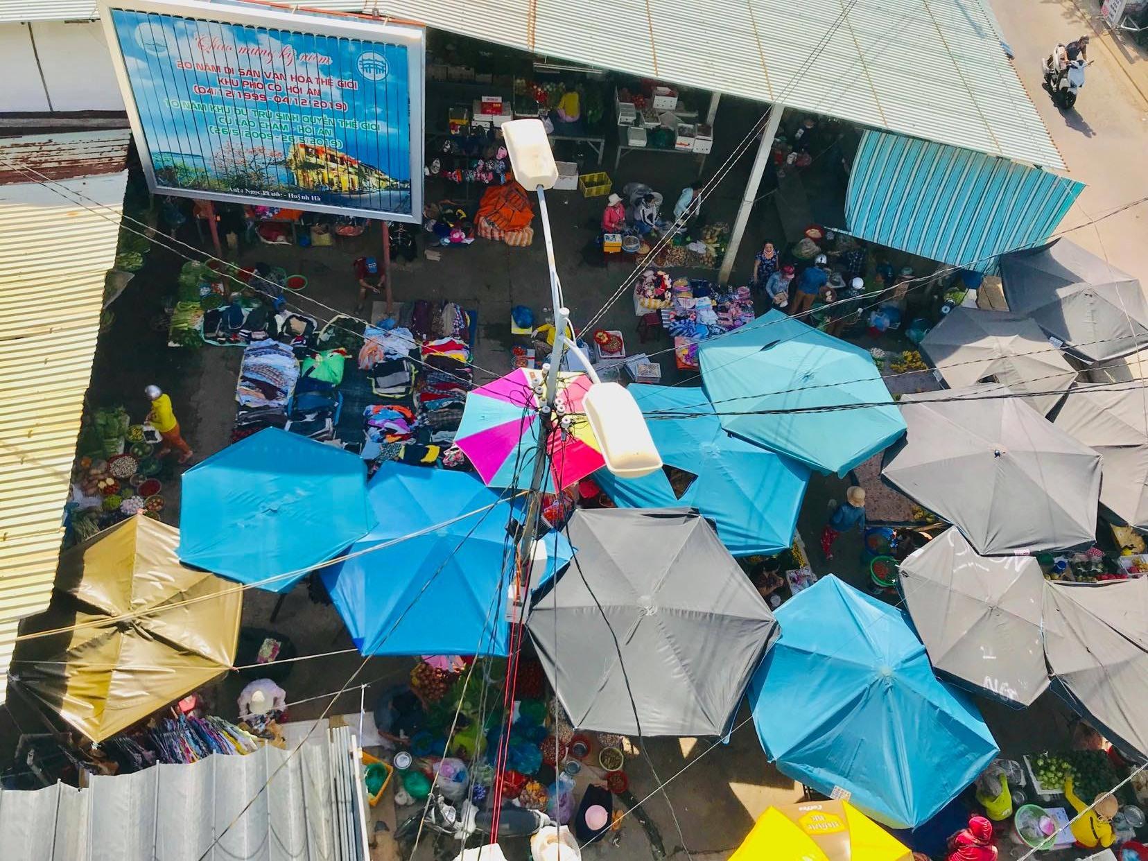 Một góc chợ cá Thanh Hà ở thời điểm hoạt động bình thường. Ảnh: Q.T
