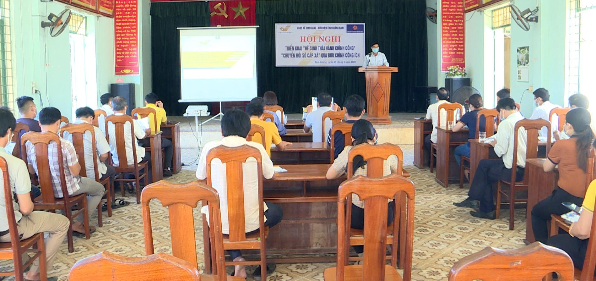 Xã Tam Giang triển khai hệ sinh thái hành chính công. Ảnh: VĂN PHIN