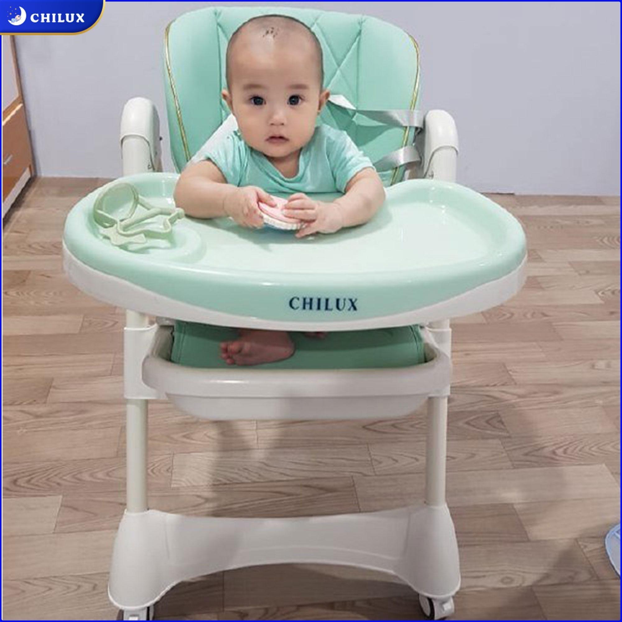 Ảnh feedback ghế ăn dặm Grow V màu xanh ngọc từ khách hàng Chilux.