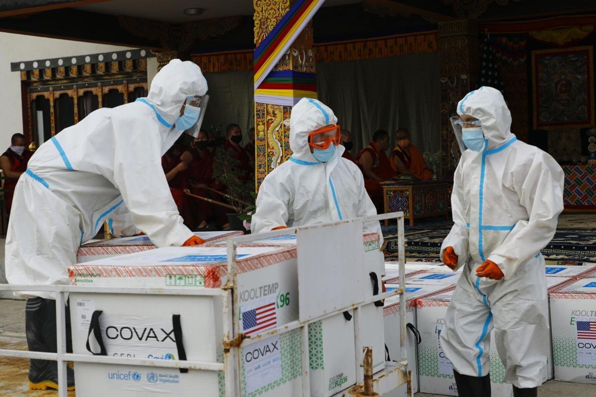 Bhutan tiếp nhận vắc xin Covid-19. Ảnh: Gettyimage