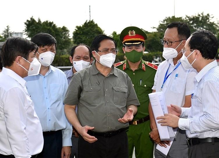 Thủ tướng Phạm Minh Chính kiểm tra công tác phòng chống COVID-19 tại Thành phố Hồ Chí Minh