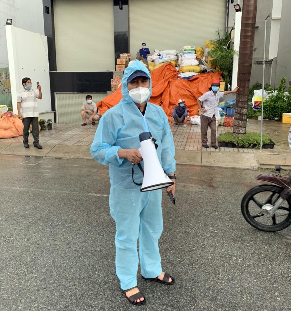 Những người đi sớm nhất và về trễ nhất của mỗi chuyến xe nghĩa tình từ Quảng Nam vào đón bà con ở TP.Hồ Chí Minh. Ảnh: C.K