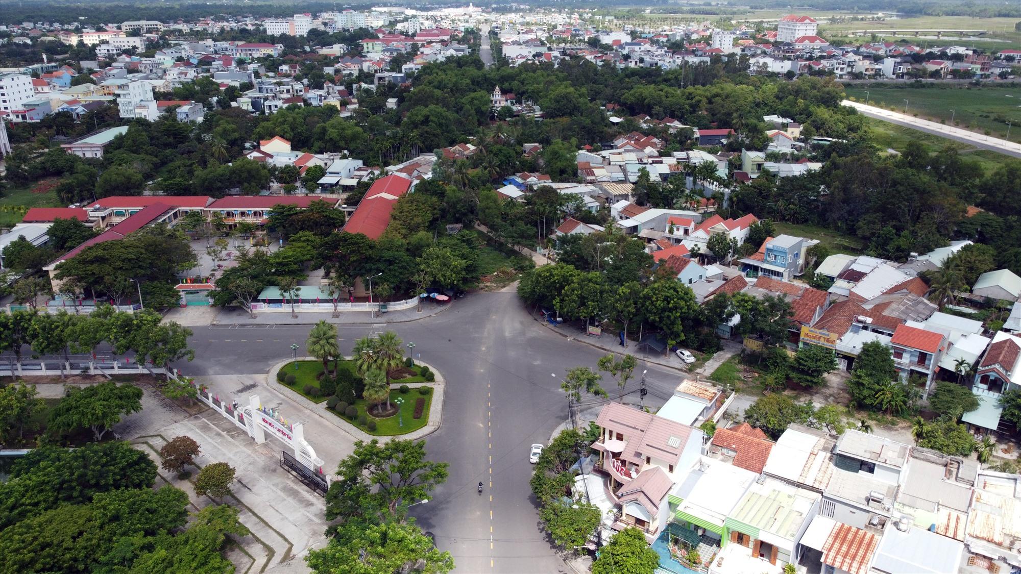 """Dự án khớp nối đường Trần Đại Nghĩa và Lam Sơn vẫn dở dang, khu dân cư như một """"làng trong phố"""". Ảnh: TC"""