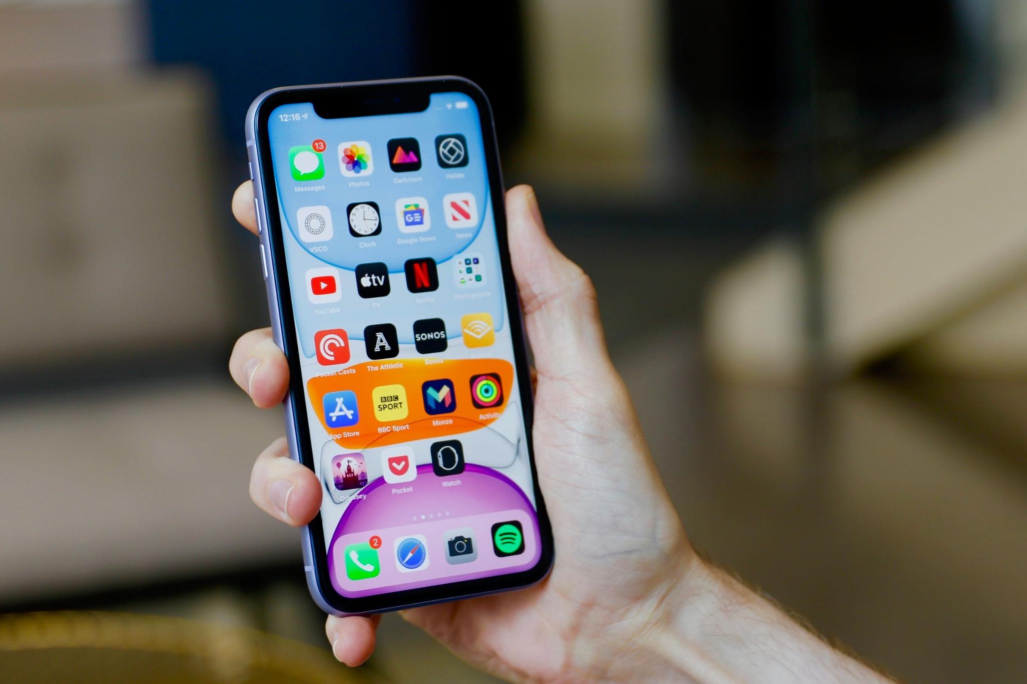 MobileWorld cửa hàng bán iPhone uy tín, chất lượng.