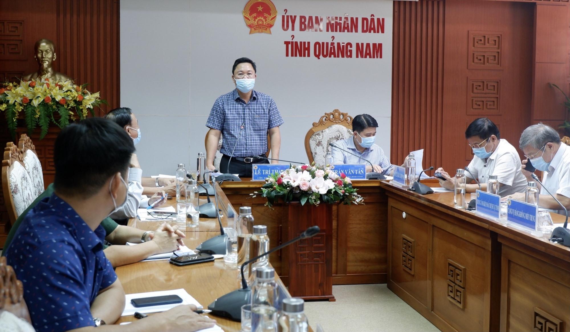Chủ tịch UBND tỉnh Lê Trí Thanh chủ trì buổi làm việc vào chiều ngày 8.7. Ảnh: X.H