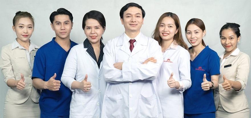 Muốn tiêm filler an toàn nên tìm kiếm bác sĩ có kinh nghiệm chuyên môn vững.
