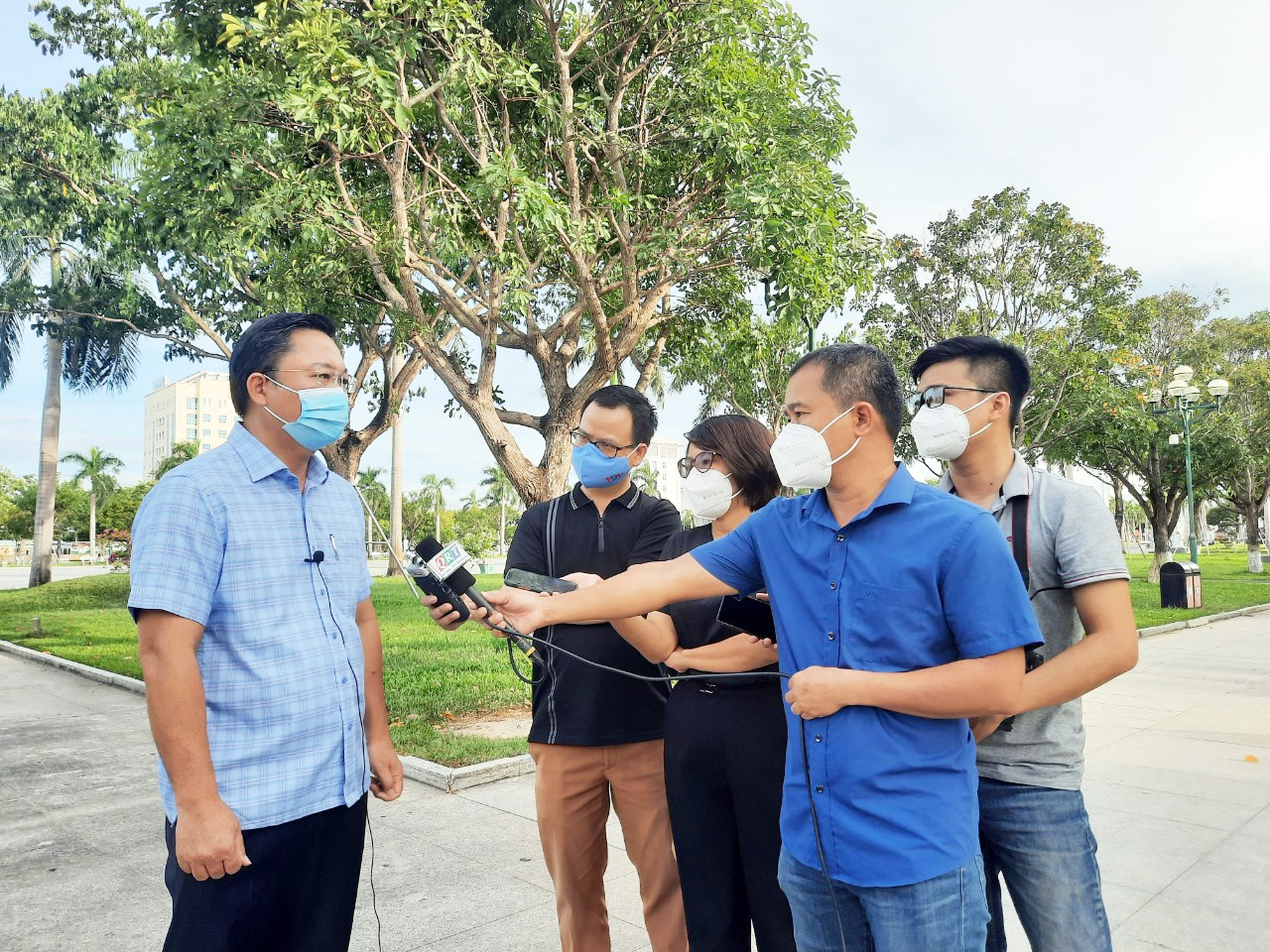 Chủ tịch UBND tỉnh Lê Trí Thanh trả lời báo chí chiều ngày 1.8.