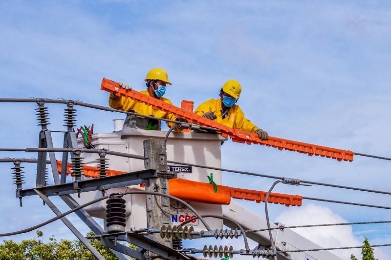 PC Quảng Nam đang nỗ lực thực hiện nhiều biện pháp nhằm đảm bảo cung ứng điện an toàn, ổn định.