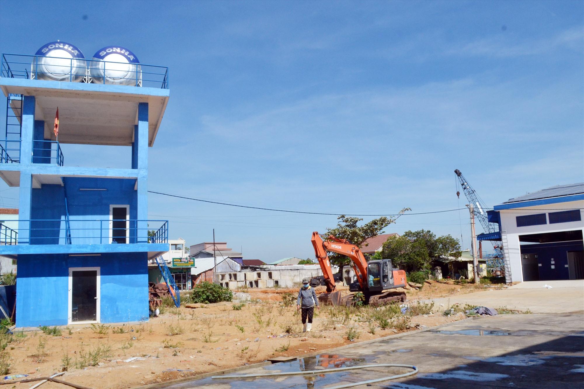 Dự án cảng cá Tam Quang còn vướng 1ha mặt bằng chưa bàn giao. Ảnh: VIỆT NGUYỄN