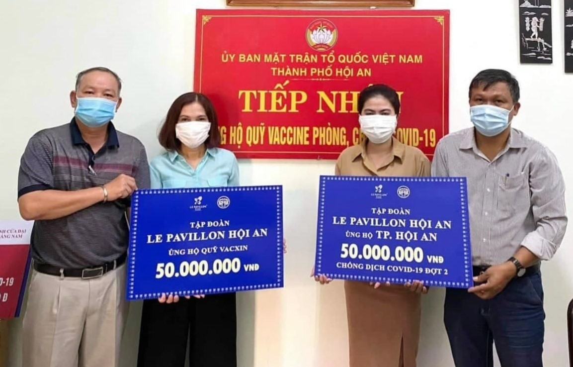 Khách sạn Le Pavillon Hội An ủng hộ TP.Hội An 100 triệu đồng để phòng, chống dịch Covid-19