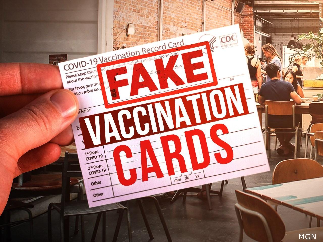 Một số quốc gia như Canada, Pháp phạt nặng những người mua, bán thẻ chứng nhận tiêm phòng vắc xin giả. Ảnh: