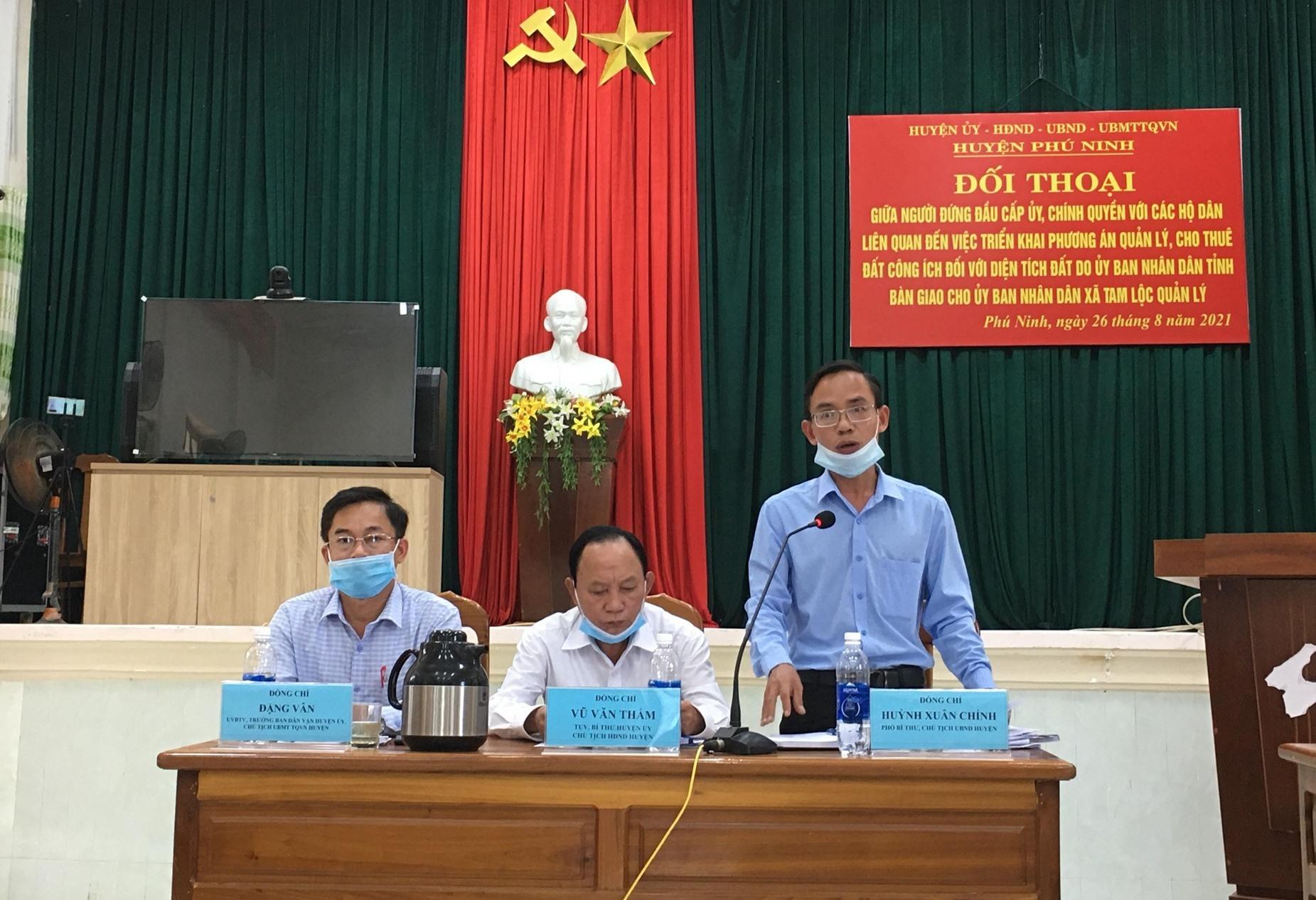 Chính quyền đề nghị người dân xã Tam Lộc cần hợp tác, cầu thị để tháo gỡ các vướng mắc liên quan. Ảnh: C.Đ