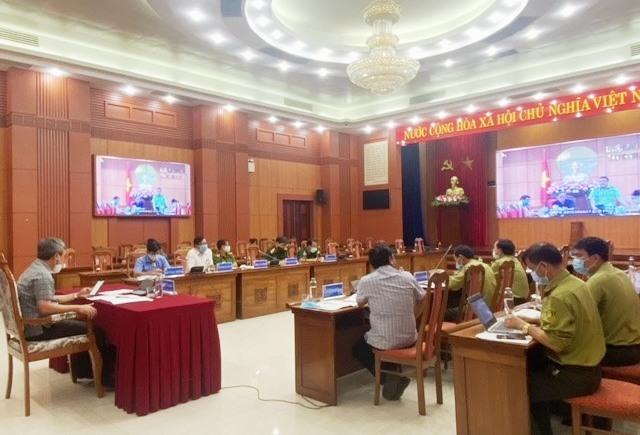 Phó Chủ tịch UBND tỉnh Hồ Quang Bửu chủ trì hội nghị trực tuyến về công tác chữa cháy rừng năm 2021 vào chiều 27.8. Ảnh: H.P