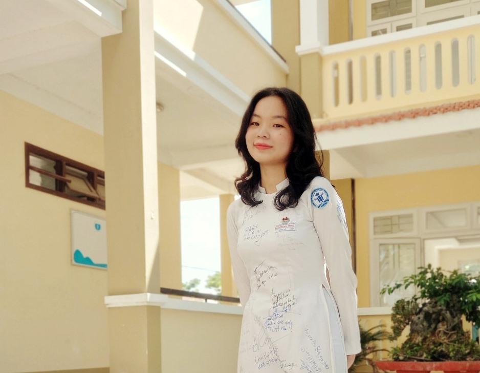 Lê Thị Hồng Hà.